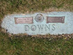 Beatrice M <i>Miller</i> Downs