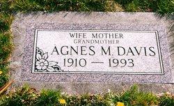 Agnes M <i>Dahl</i> Davis