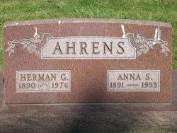 Anna S <i>Boettger</i> Ahrens