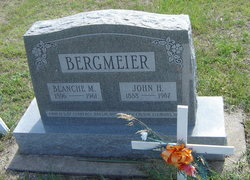 Blanche Myrtle <i>Arnold</i> Bergmeier