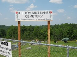 T. M. Lakes Cemetery