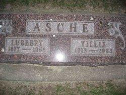Tillie <i>Schroeder</i> Asche