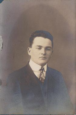 Newell Willard Nug Hunt