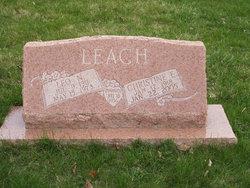 Leo Nelson Leach