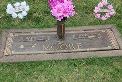 Daniel Thomas Moore