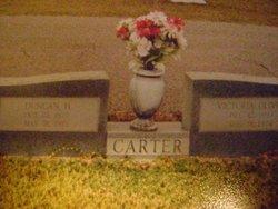 Victoria Aint Vic <i>Oliver</i> Carter