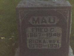 Fred C Mau