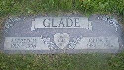 Olga E Ole <i>Schmidt</i> Glade