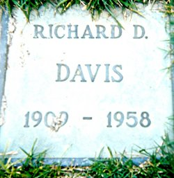 Richard DeWitt Davis