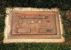 Wallace M Boyd