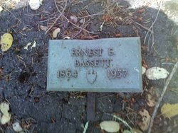 Ernest E Bassett