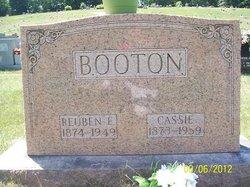 Cassandra Cassie <i>Childers</i> Booton