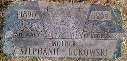 Stephanie Bukowski