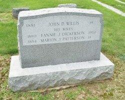 Fannie J <i>Dickerson</i> Willis
