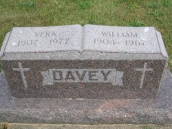 Vera <i>Kelland</i> Davey