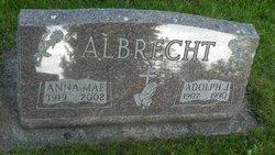 Anna Mae Albrecht