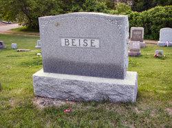 Bertha <i>Schmidt</i> Beise