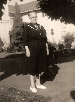 Mabel Elizabeth <i>Fruin</i> Cook