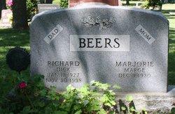 Richard D Beers