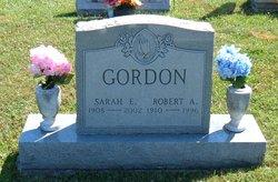 Sarah E Gordon
