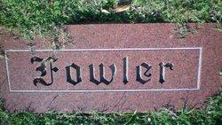 Bess <i>Valentine</i> Fowler