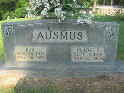 Gladys T Ausmus
