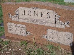 Sam Leonard Jones