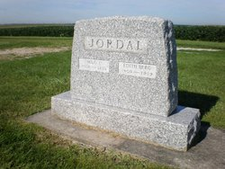Edith Pearl <i>Berg</i> Jordal