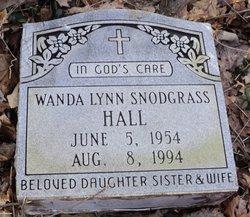 Wanda Lynn <i>Snodgrass</i> Hall