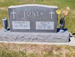 Mary Margaret <i>Dadosky</i> Jones