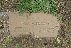 Julia Albrecht