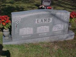 Fay <i>Land</i> Gant
