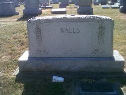 Josie Walls