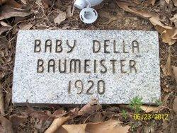 Della Baumeister