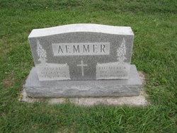 Elizabeth K Aemmer