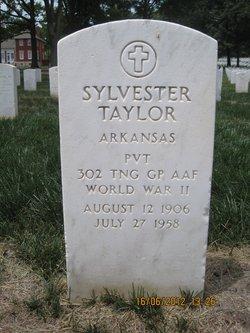 Sylvester Taylor