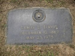 Lewis Edwin Davis, Sr
