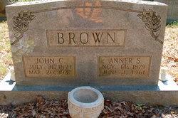 Anna <i>Newborn</i> Brown