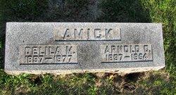 Arnold O Amick