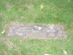 McKinley Merle Wolfe