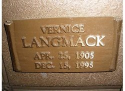 Vernice Blanche <i>Wakefield</i> Langmack