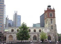 St Giles Cripplegate Churchyard