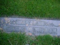 Estella M Alyea