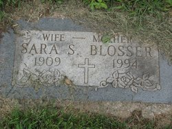 Sara <i>Sloan</i> Blosser