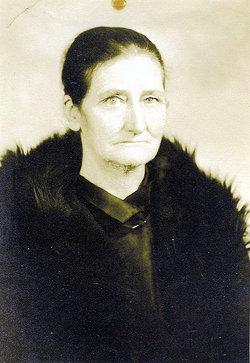 Clara Lavada <i>Dove</i> Bean