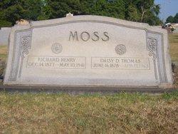 Daisy Dean <i>Thomas</i> Moss