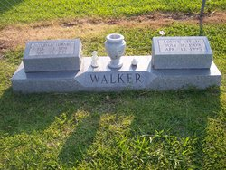 Louve <i>Steed</i> Walker