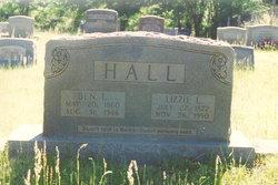 Elizabeth L Lizzie <i>Smith</i> Hall