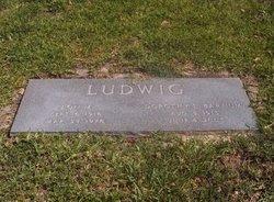 Dorothy L <i>Barnum</i> Ludwig