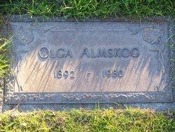 Olga Almskog